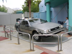 Back_to_the_Future_DeLorean_-_Universal_Studios_Florida
